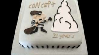 21st birthday cake with robber on it
